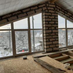 Трапецевидные окна в дом
