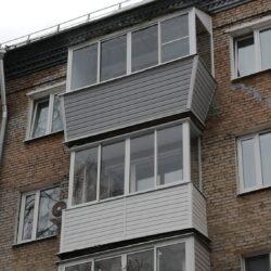 Балкон с отделкой 1